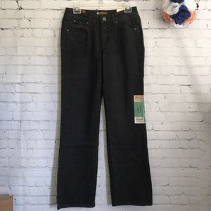 NWT Aura by Wrangler mid-rise* jeans